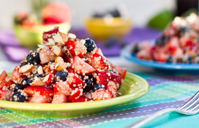 blueberry-strawberry-quinoa-oh-she-glows